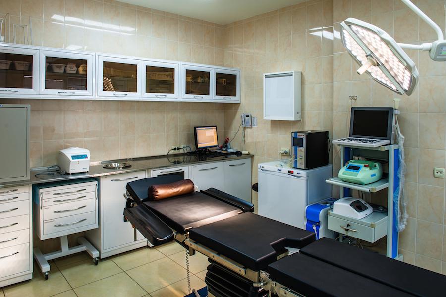 Показания для оперативного лечения геморроя